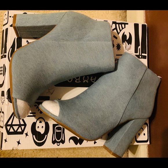 BAMBOO Shoes - Peep-toe Denim Ankle Boots size 7